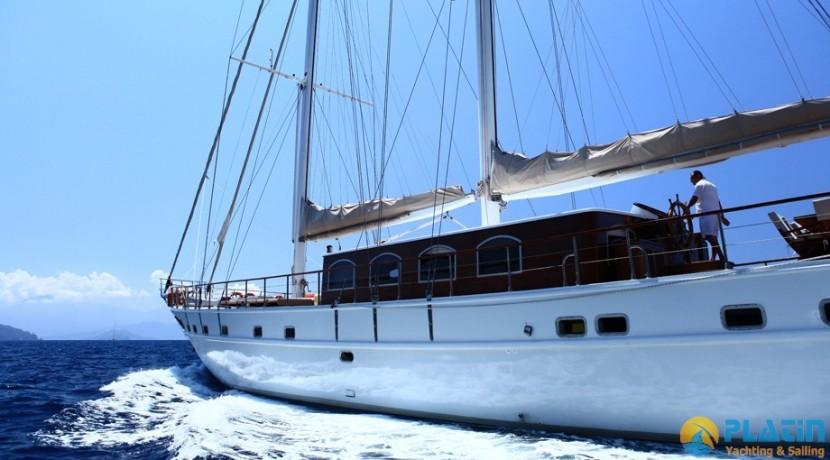 Crewed Gulet Charter 34