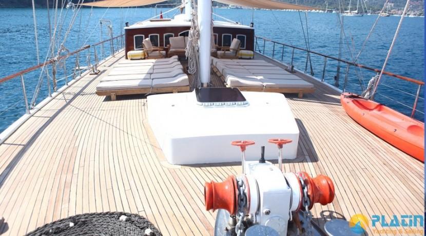 Crewed Gulet Charter 38