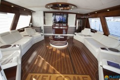 Luxury Gulet Rental 12