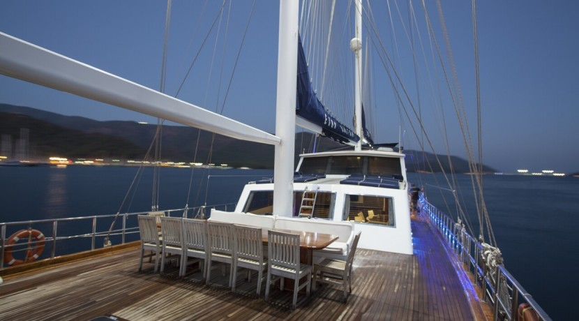 Luxury Gulet Rental 26
