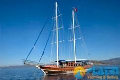 Luxury Yacht Charter 08