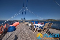 Luxury Yacht Charter 11