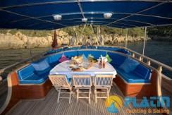 Luxury Yacht Charter 16