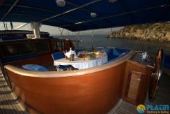 Luxury Yacht Charter 24