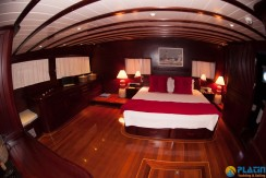 Luxury Yachts Charter 15