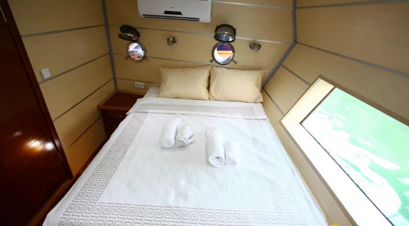 Private boat charter in Turkey 16