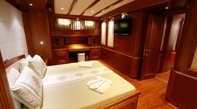 Yacht Charter Mediterranean 11