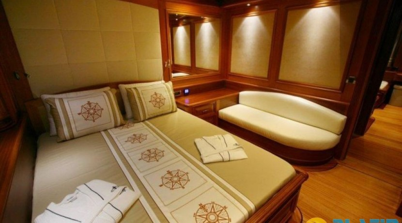 Yacht Charter Mediterranean 24