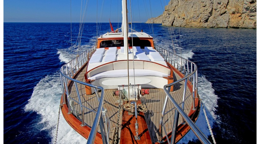 Gulet Azra Deniz for charter in Turkey and Greek Islands, AzraDeniz Luxury crewed yacht for rent