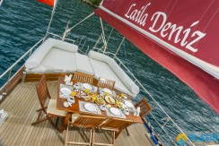 Luxury Yacht Rental 06