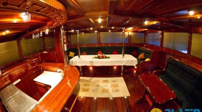 Marmaris 7 Cabin Yacht06