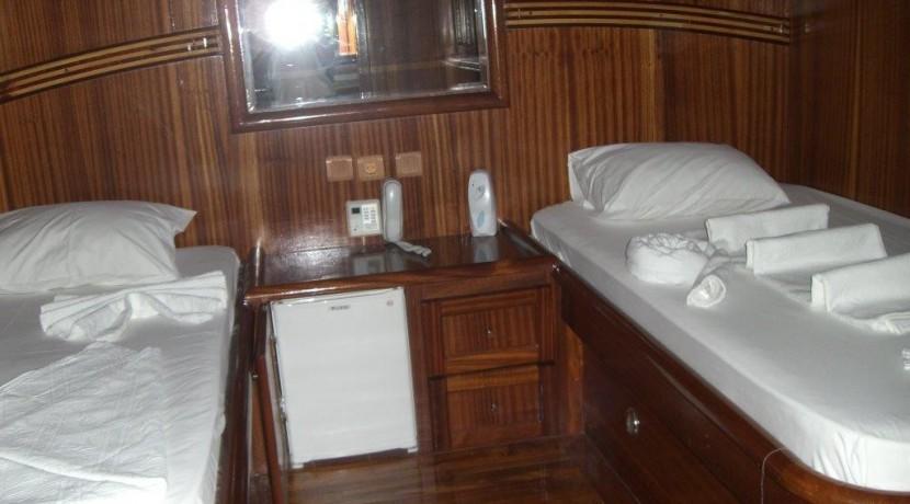 Marmaris 7 Cabin Yacht14