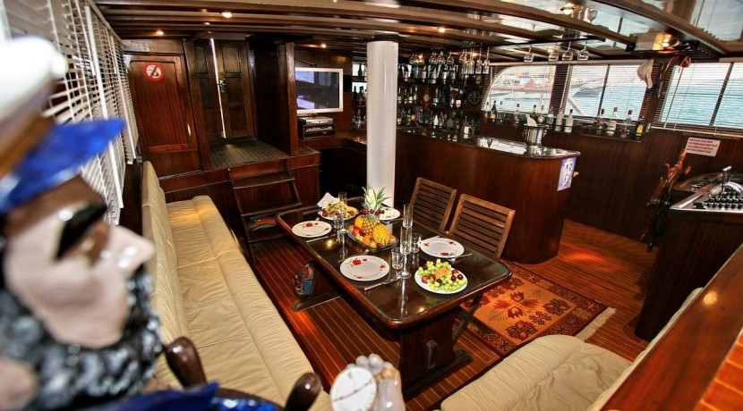 Marmaris Economic Yacht Rental 08