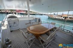 Small 4 Cabin Yacht 09