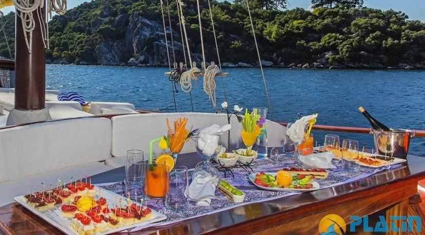 Yacht Charter Bodrum  30