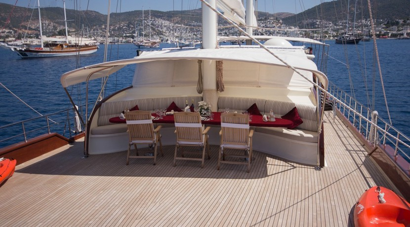 Yacht for Charter Marmaris 06