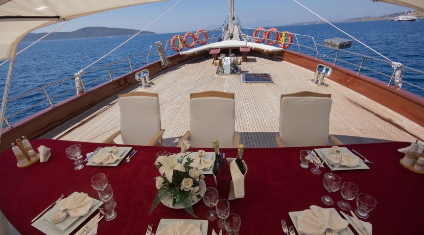 Yacht for Charter Marmaris 11