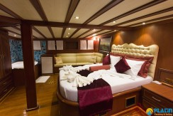 Yacht for Charter Marmaris 31