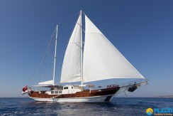 Yacht for Charter Marmaris 37